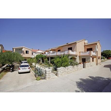 Apartamenty LOREDANO - Pag