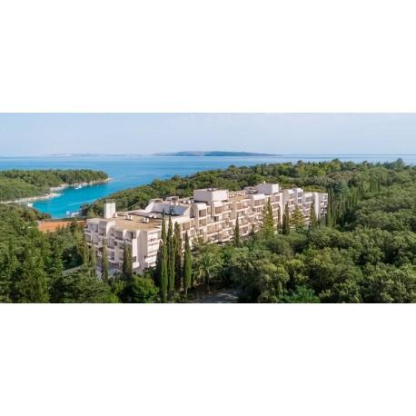 EVA Sunny Hotel & Residence by Valamar** - Rab